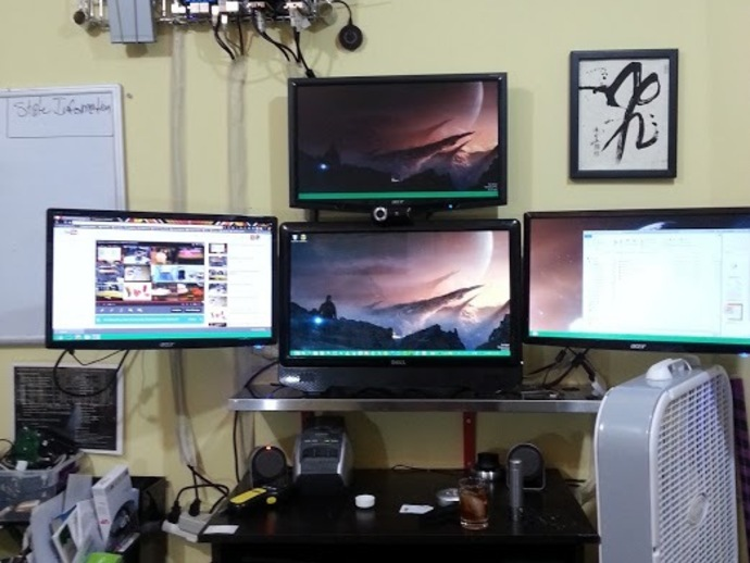 Large Computer Monitors For Graphic Design