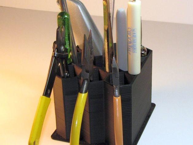 Desktop tool holder by uwacn, published Aug 17, 2016 - printable tools
