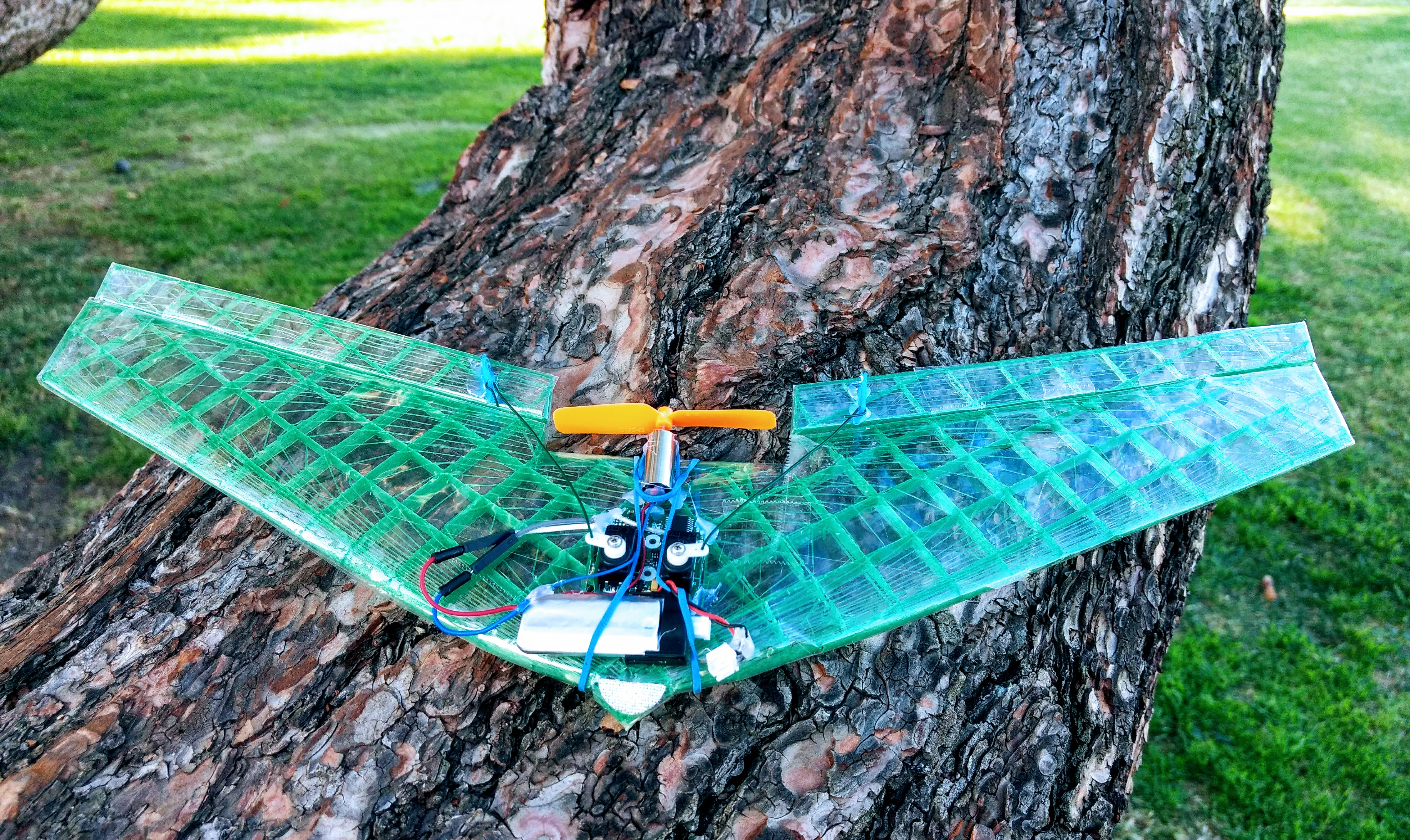 Micro Flying Wing for V911/F949 receiver bricks by drcameron