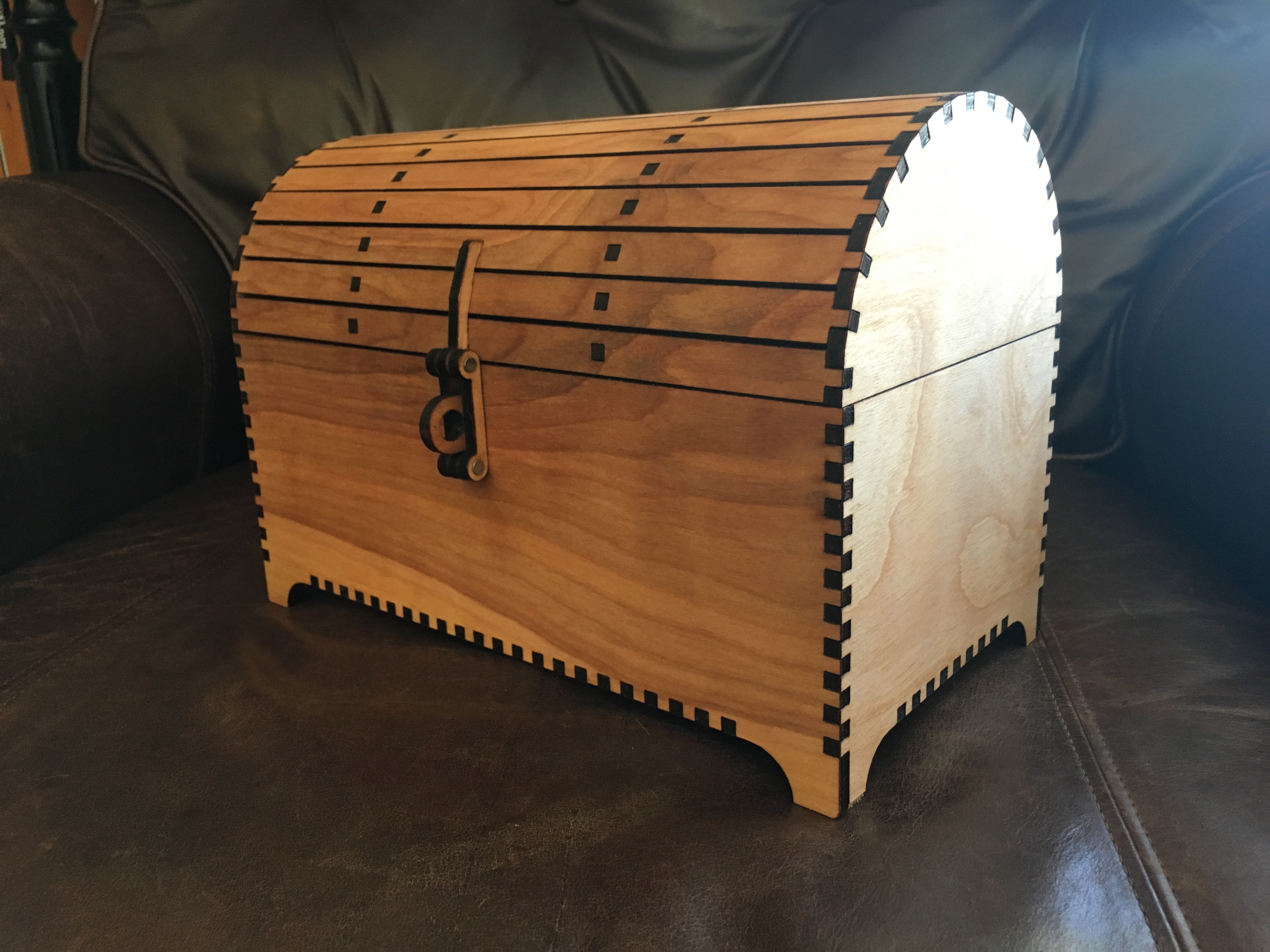 Treasure Chest with Hasp by rmm5t Thingiverse