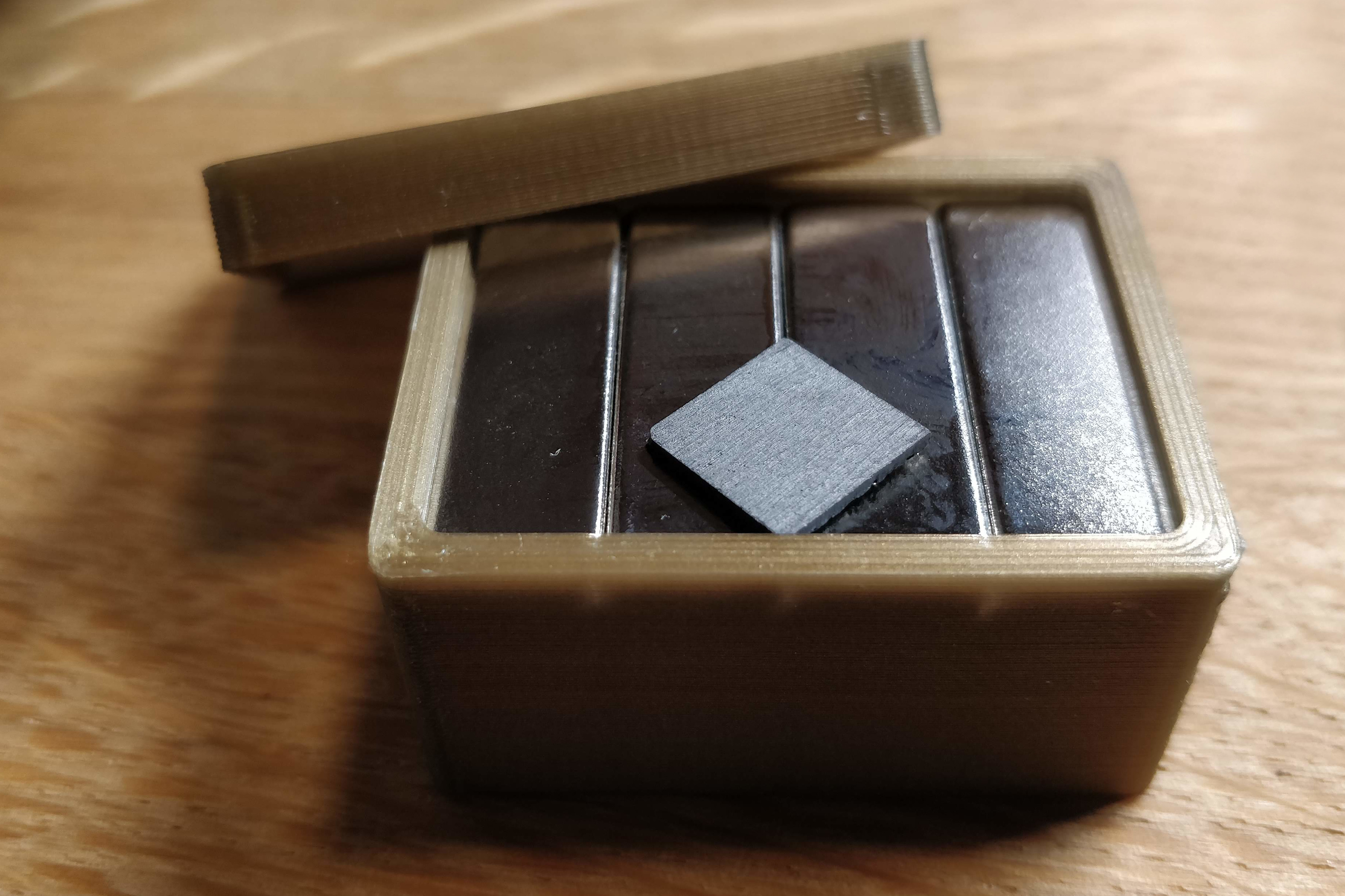 Pyrolytic Graphite Demo Box By Doegox Thingiverse