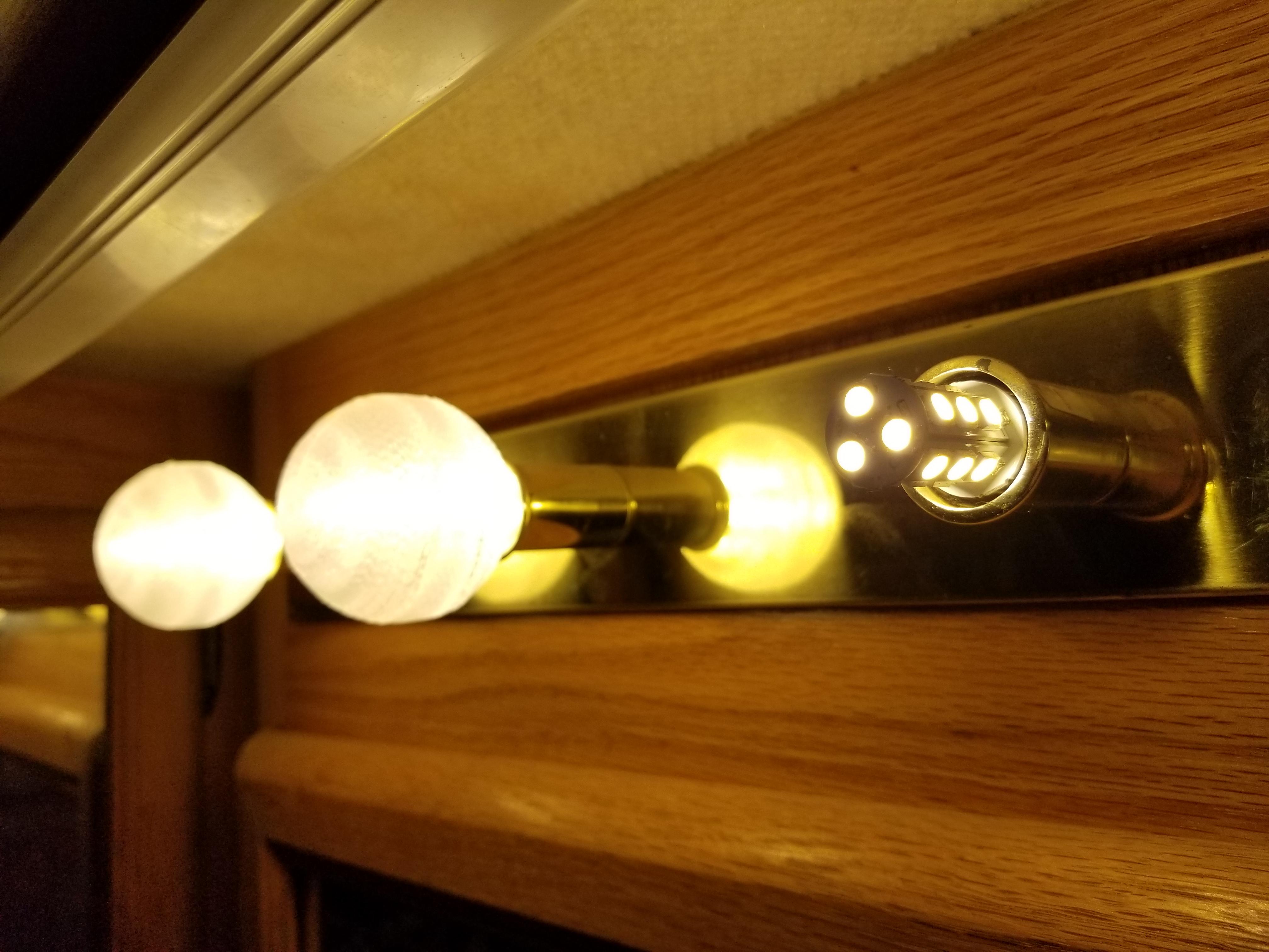 Motorhome Vanity LED light globe by noslenwerdna - Thingiverse