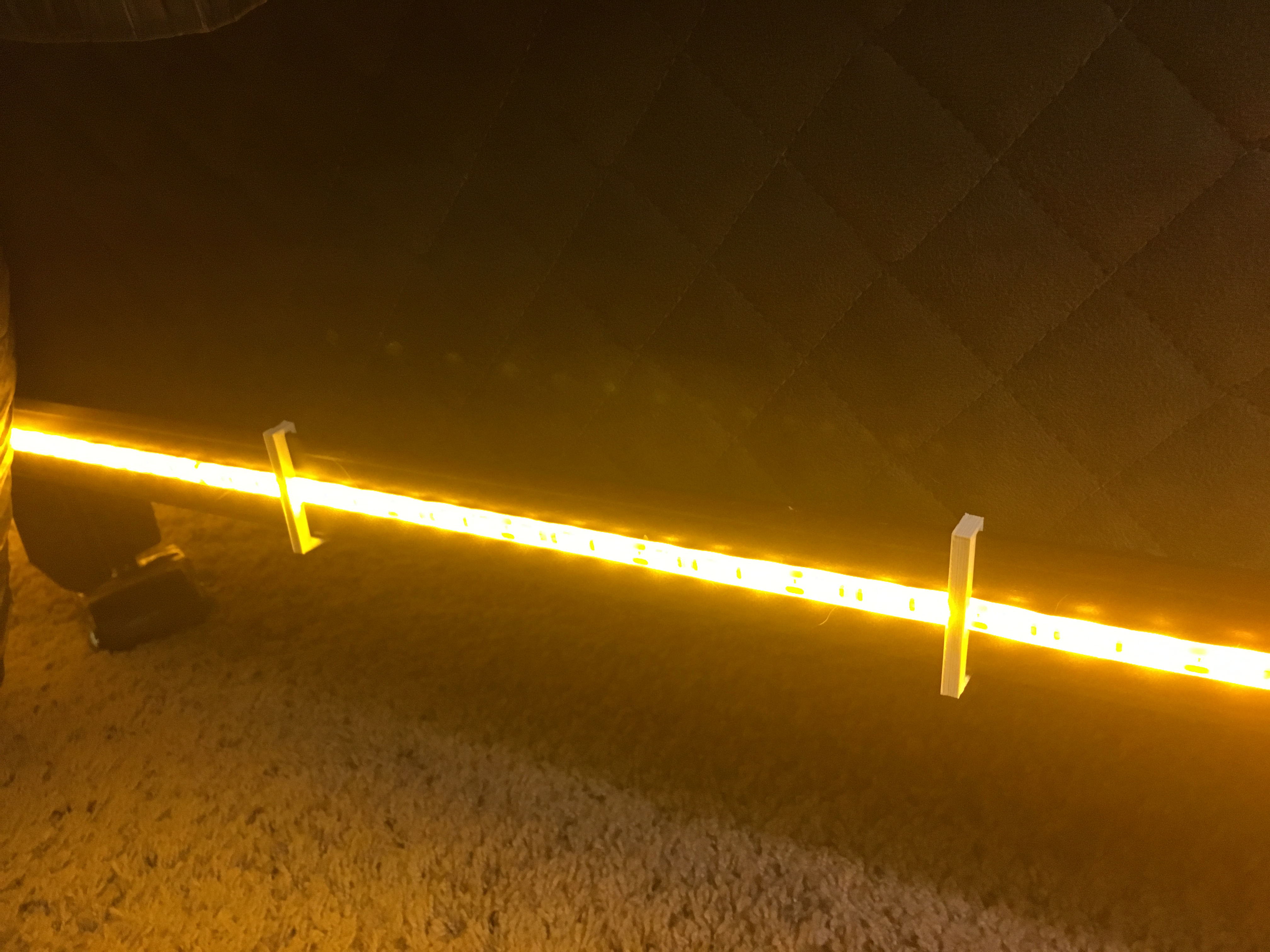 Bed Frame Clip for LED lights by Craigers3D - Thingiverse