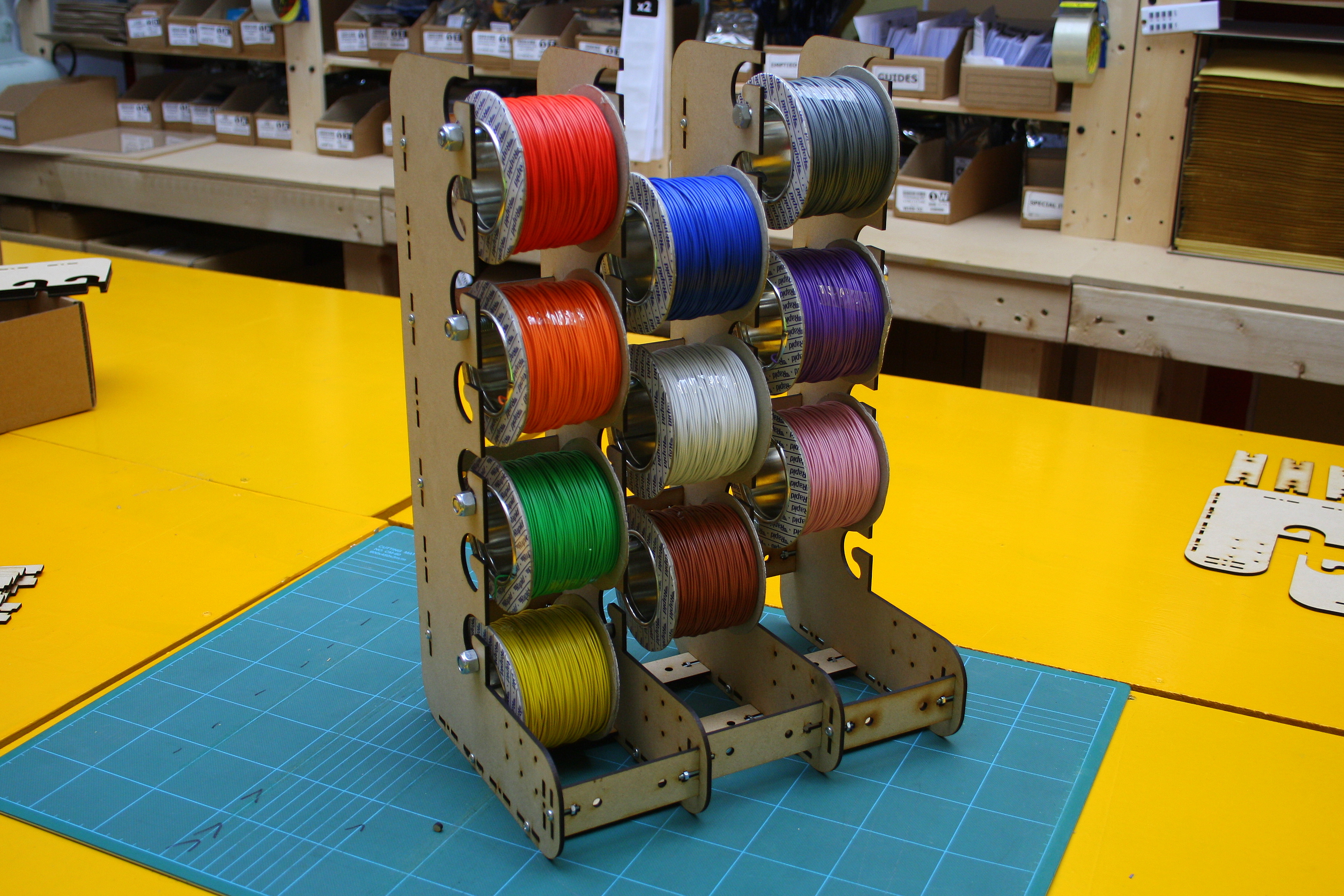 Wire Spool Holder (WIHO) by oomlout - Thingiverse
