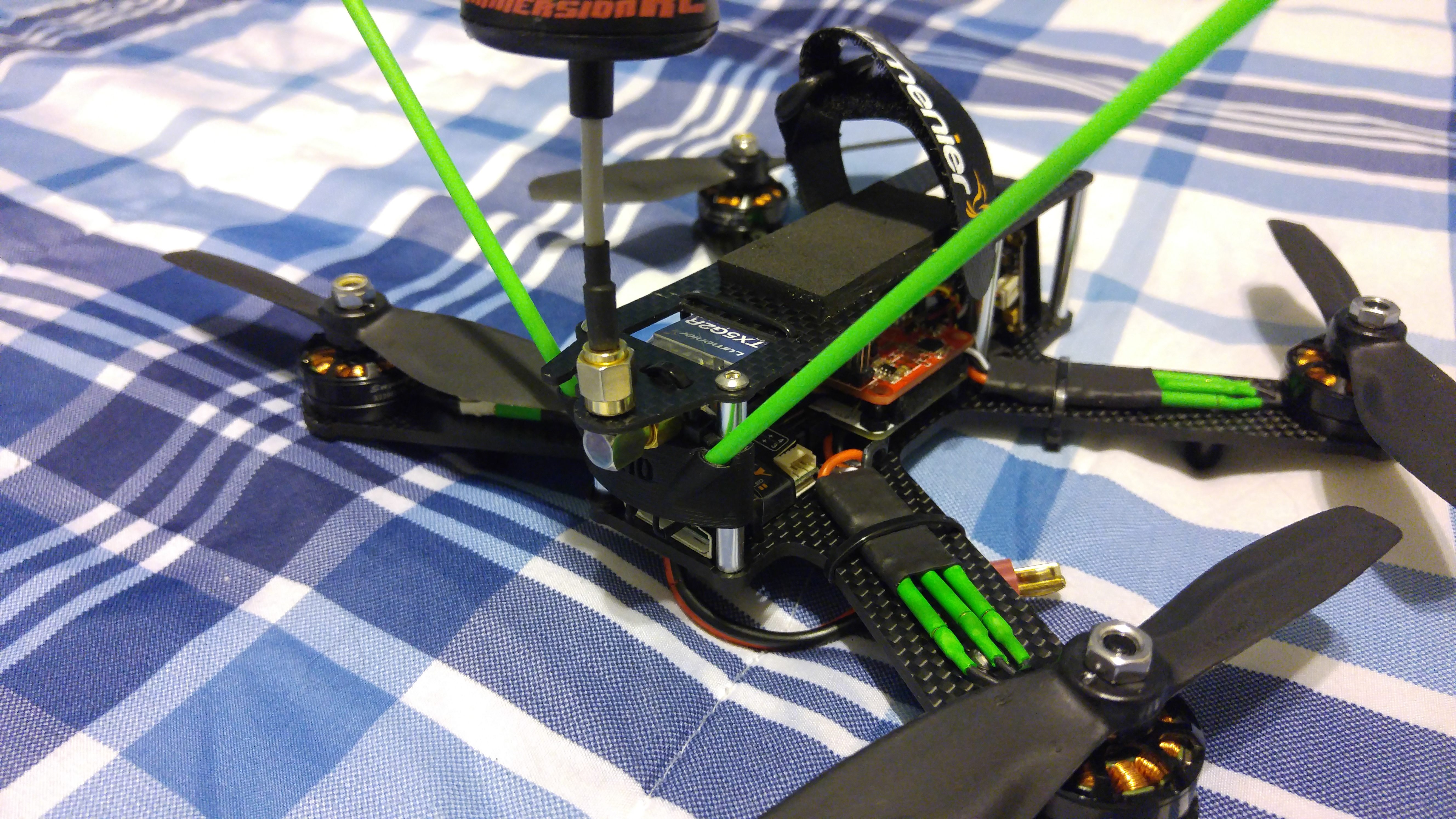 Qav210 180 Antenna Holder By M8ker Thingiverse