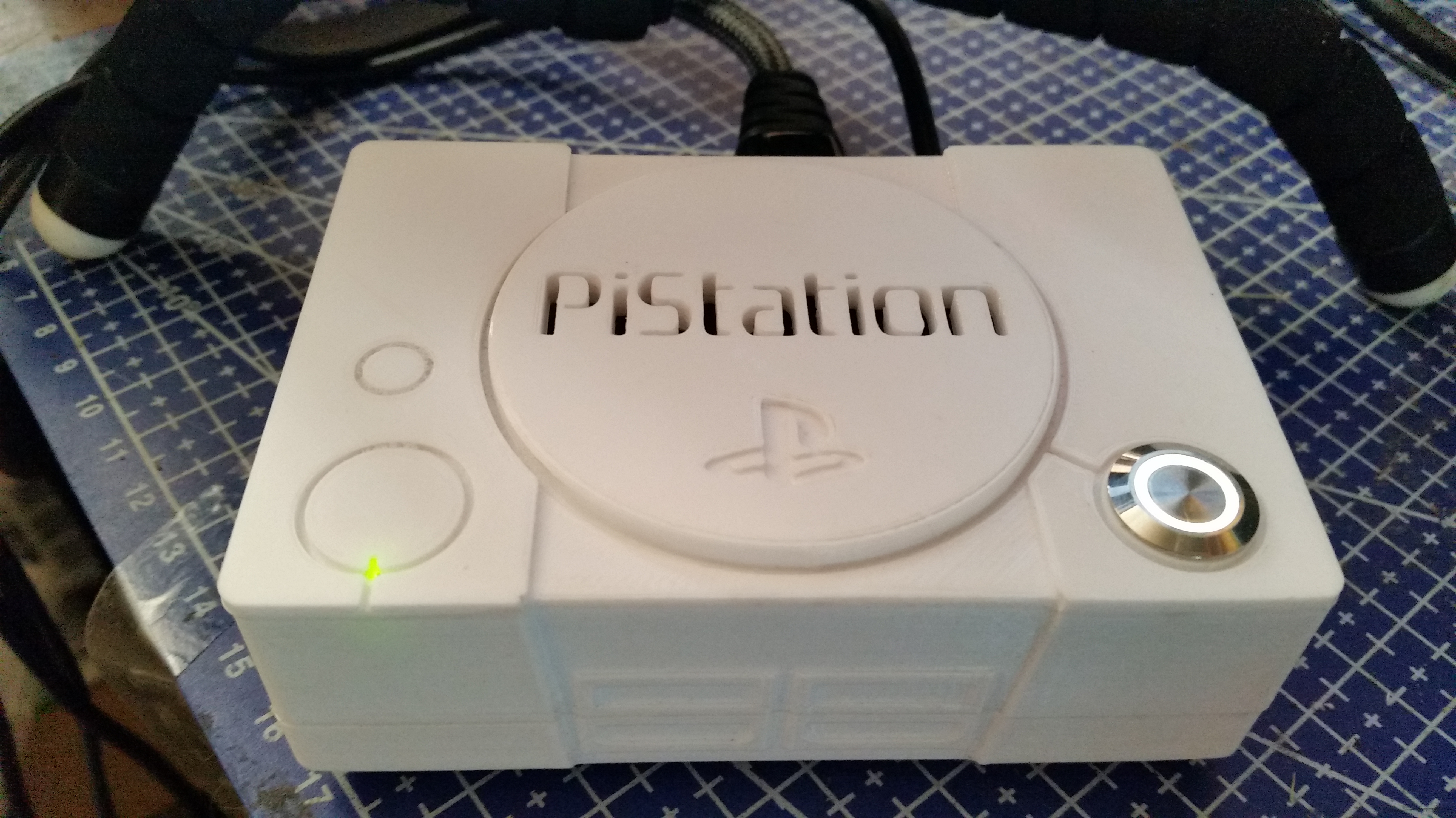 PiStation 3 - Retropie with PWM controlled Fan, Multi-use Button and