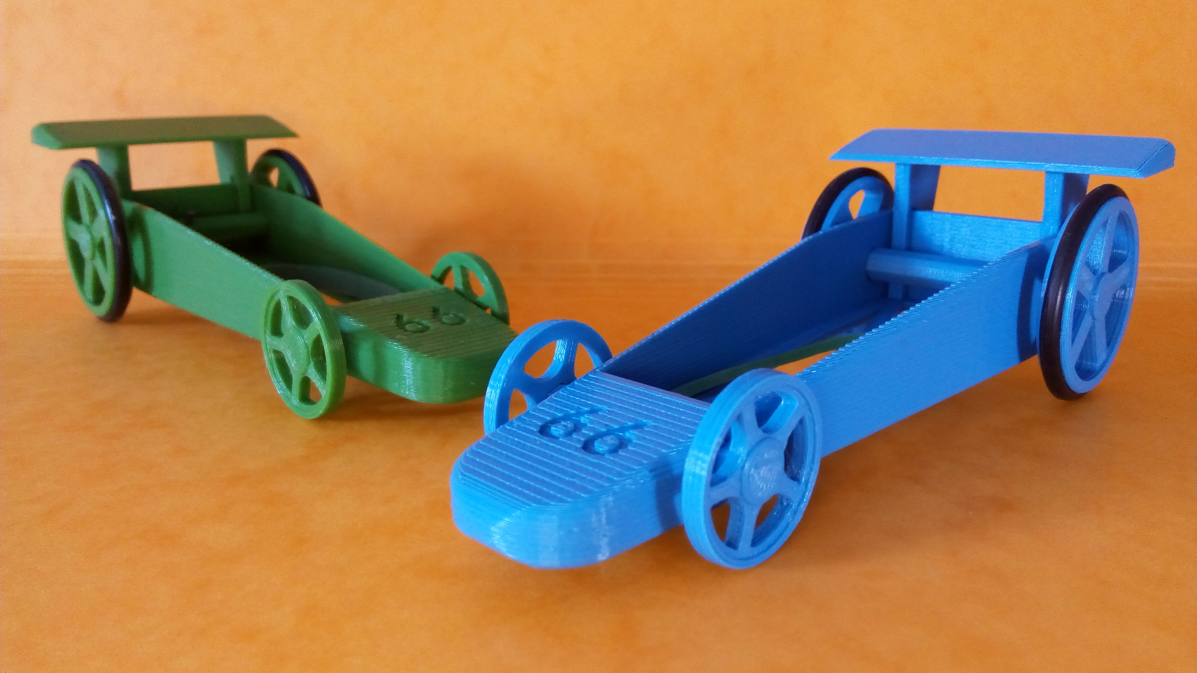 3d printed toy car	  3D printed Rubber Band Car Toy by brico3d - Thingiverse