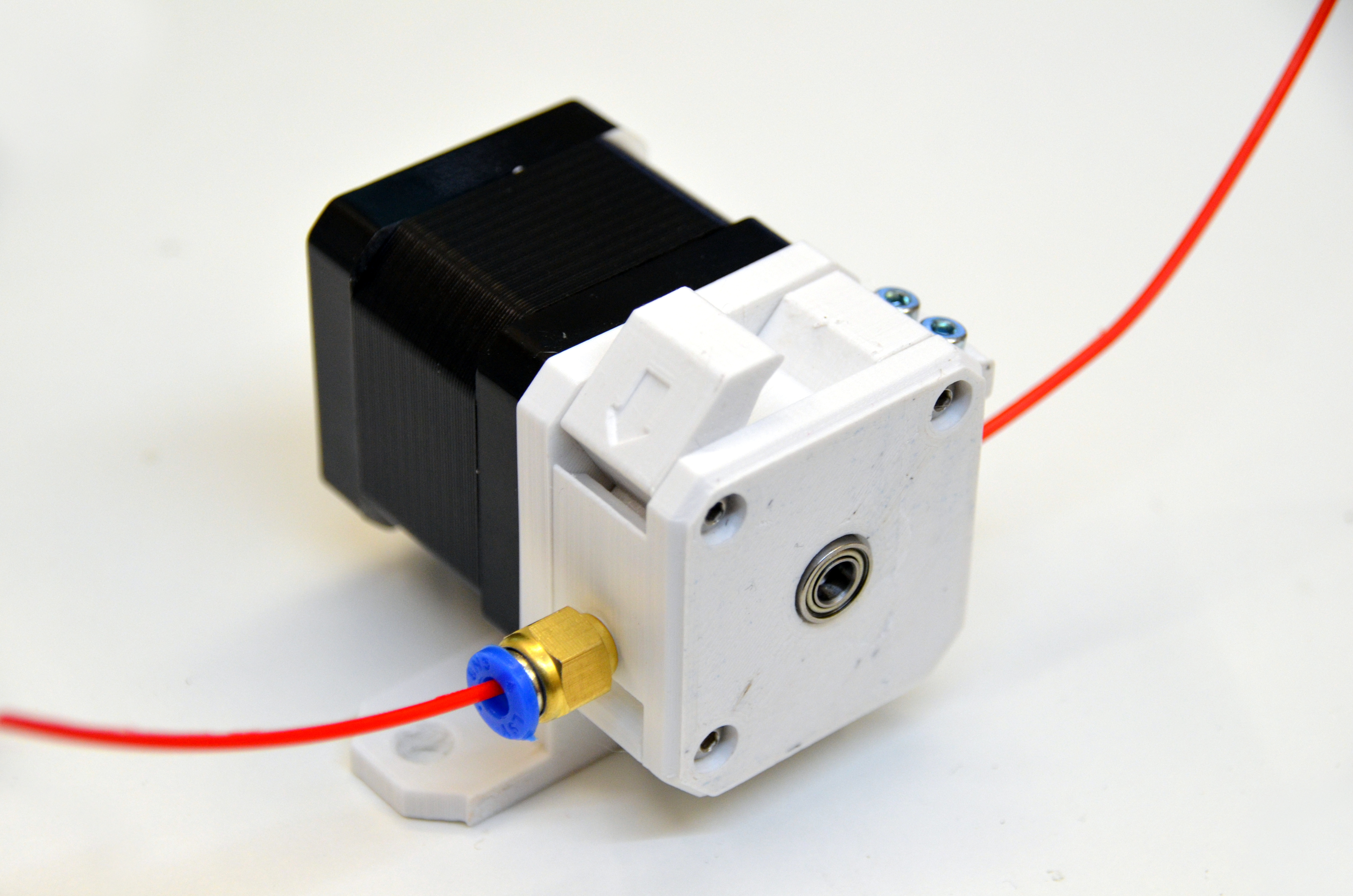 3Dator Bowden Extruder by 3Dator - Thingiverse