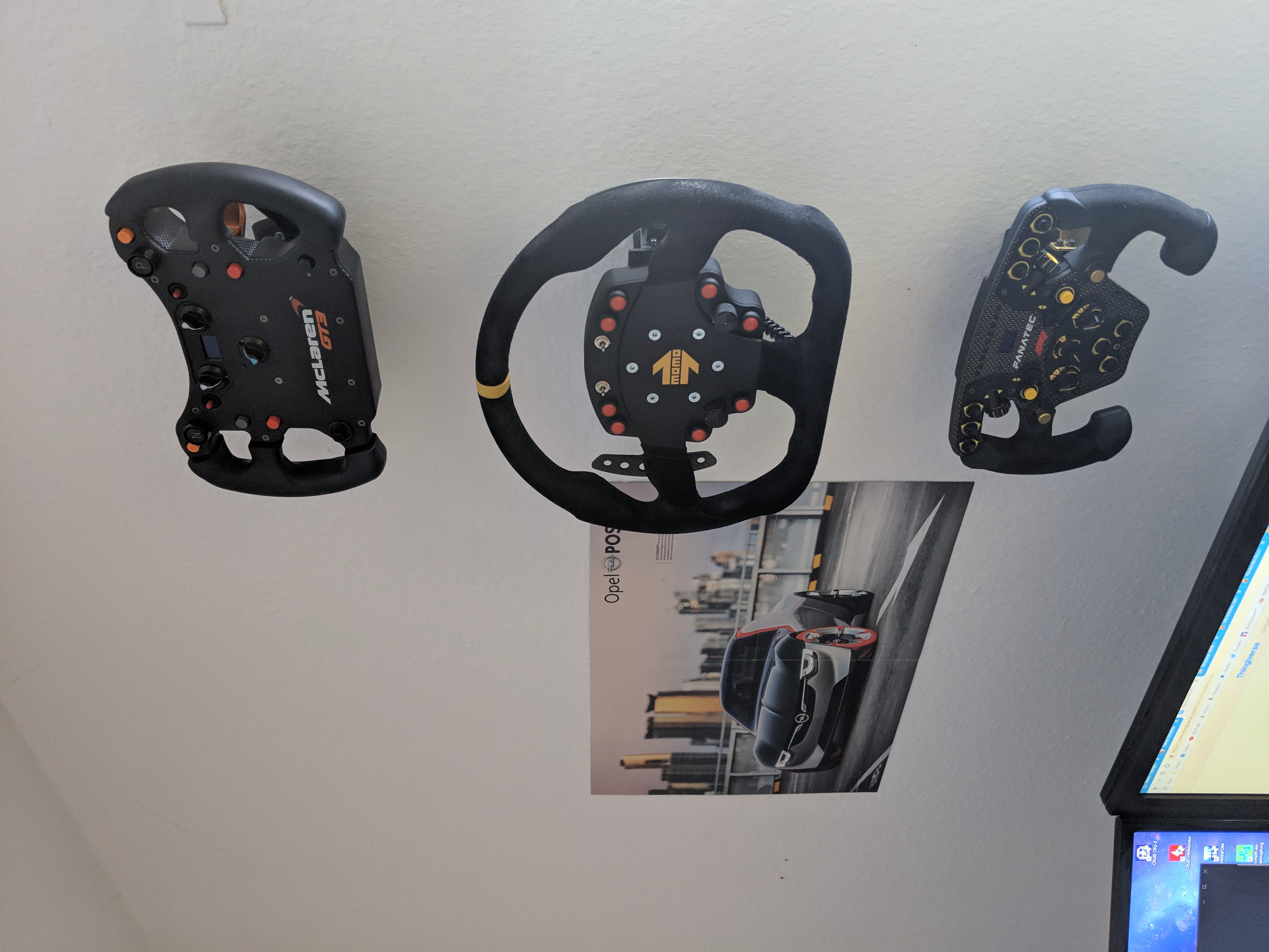 Fanatec wall mount adapter by blazze11 - Thingiverse