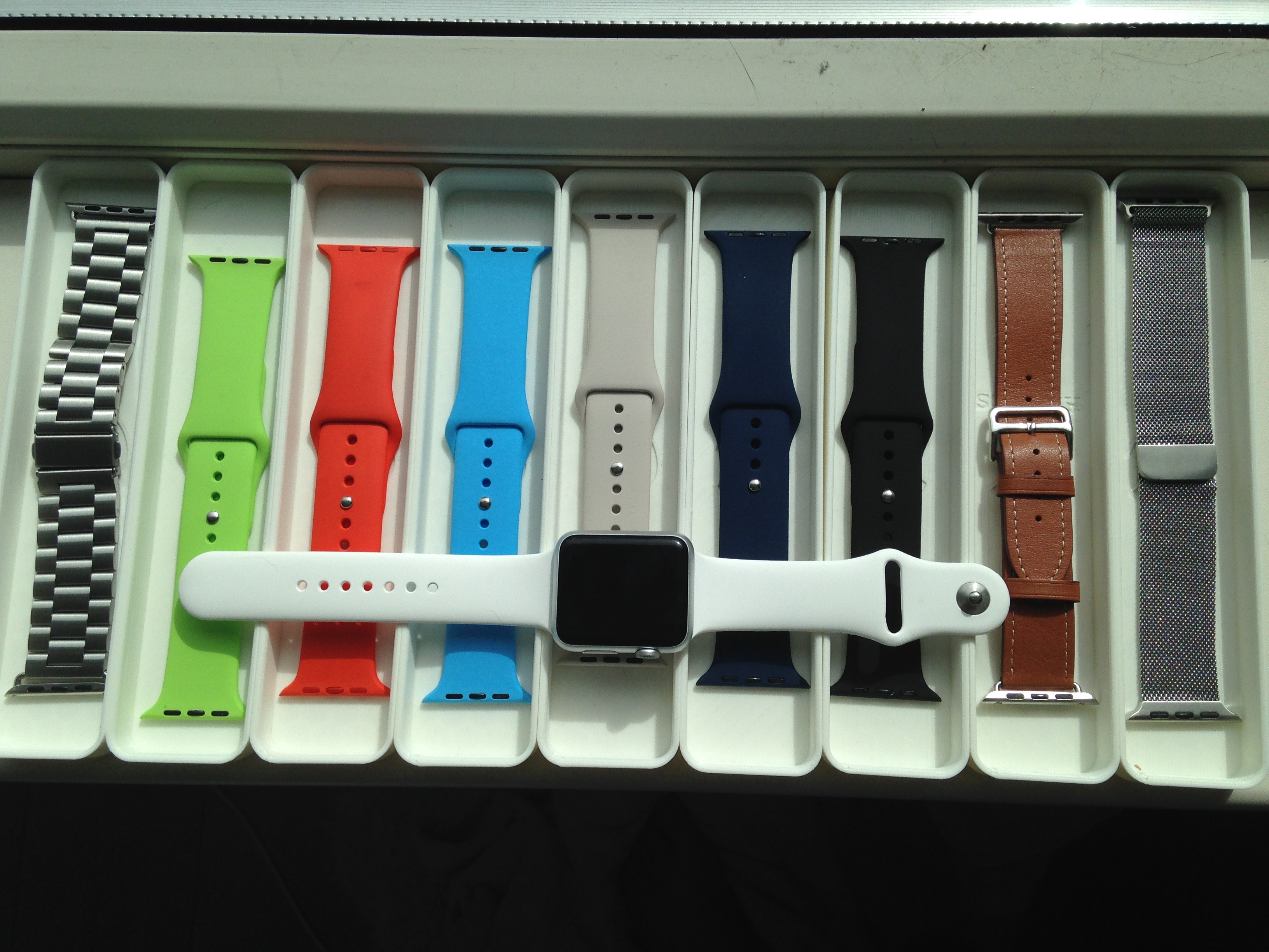 promo code 9ce58 5f626 Stackable Apple Watch Band Storage box by gvanderwindt - Thingiverse