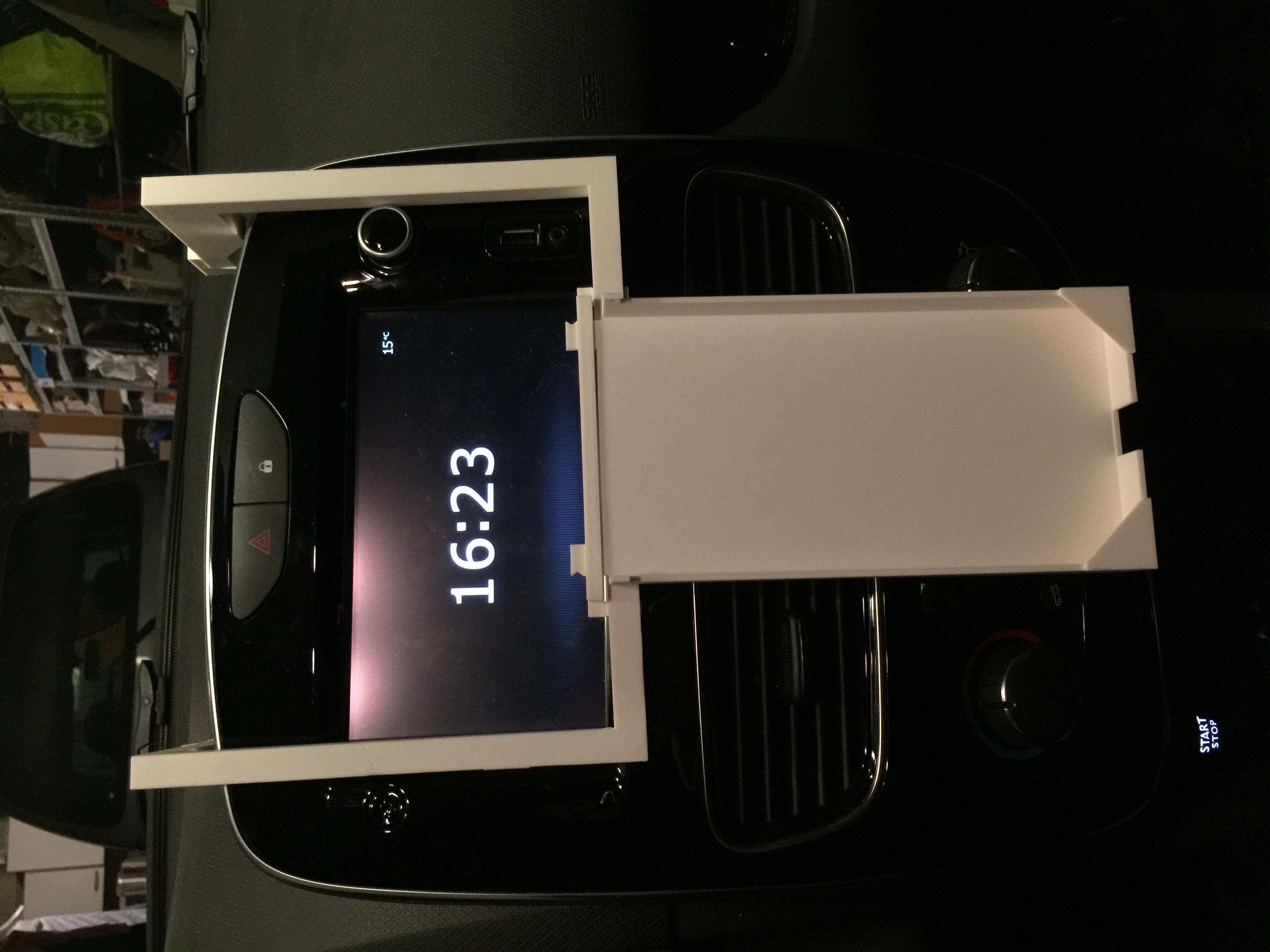 IPhone 6/7/8 Plus support for renault Clio IV by ptro46 - Thingiverse
