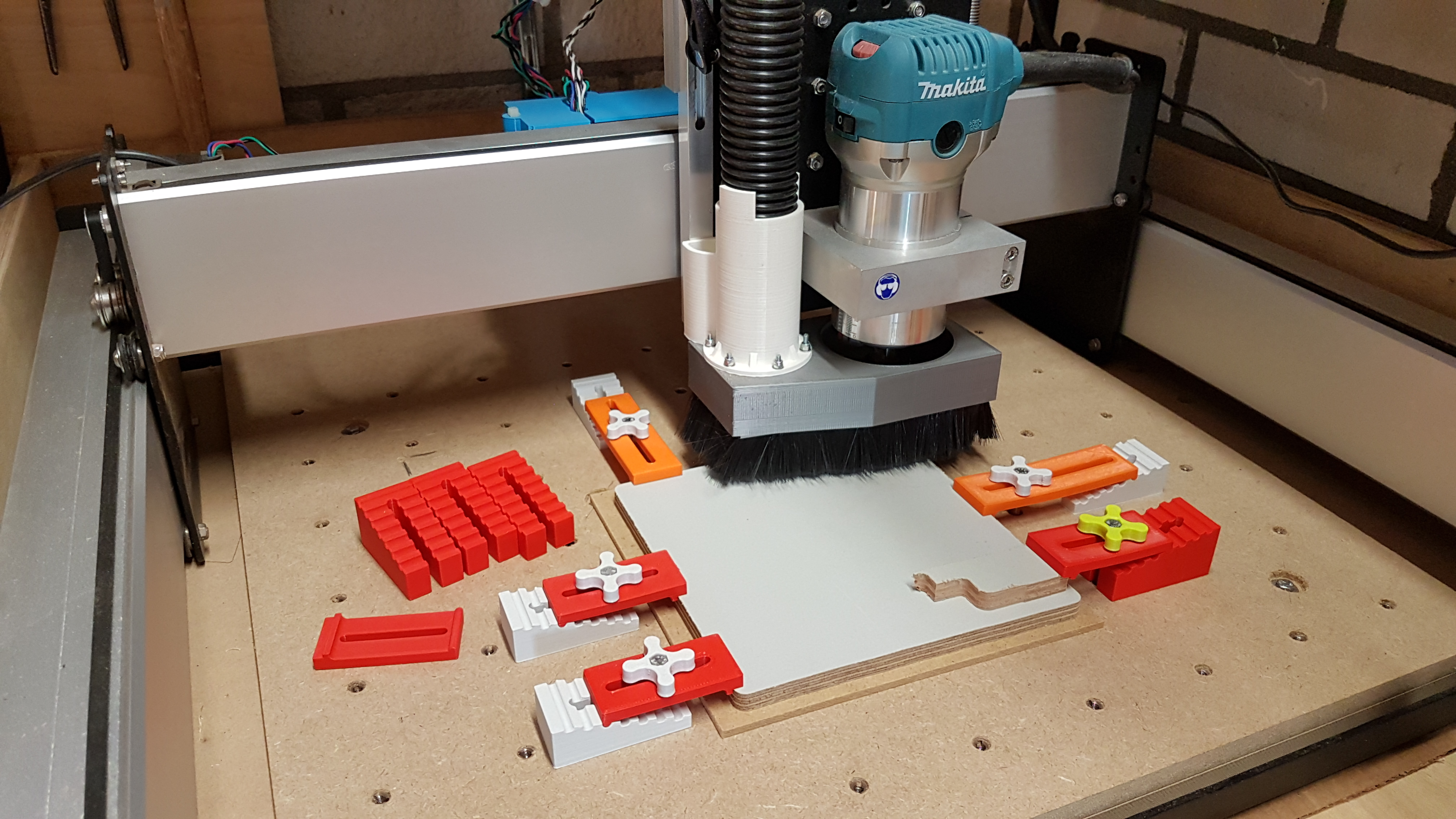 Low profile step block clamps for CNC by UltiArjan - Thingiverse