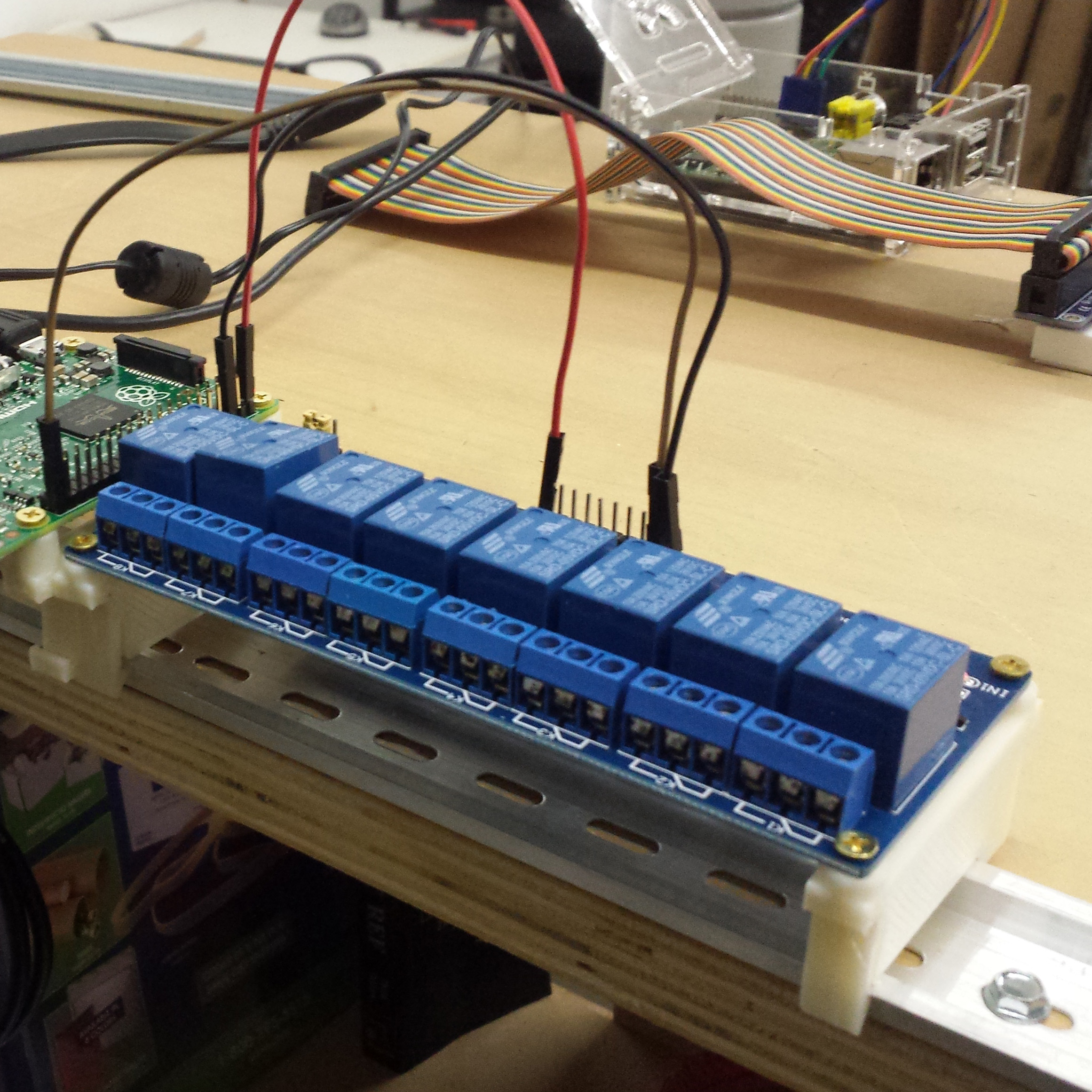 8 Channel Relay Board Din Mount By Dhulihan Thingiverse Wiring Oct 17 2015 View Original