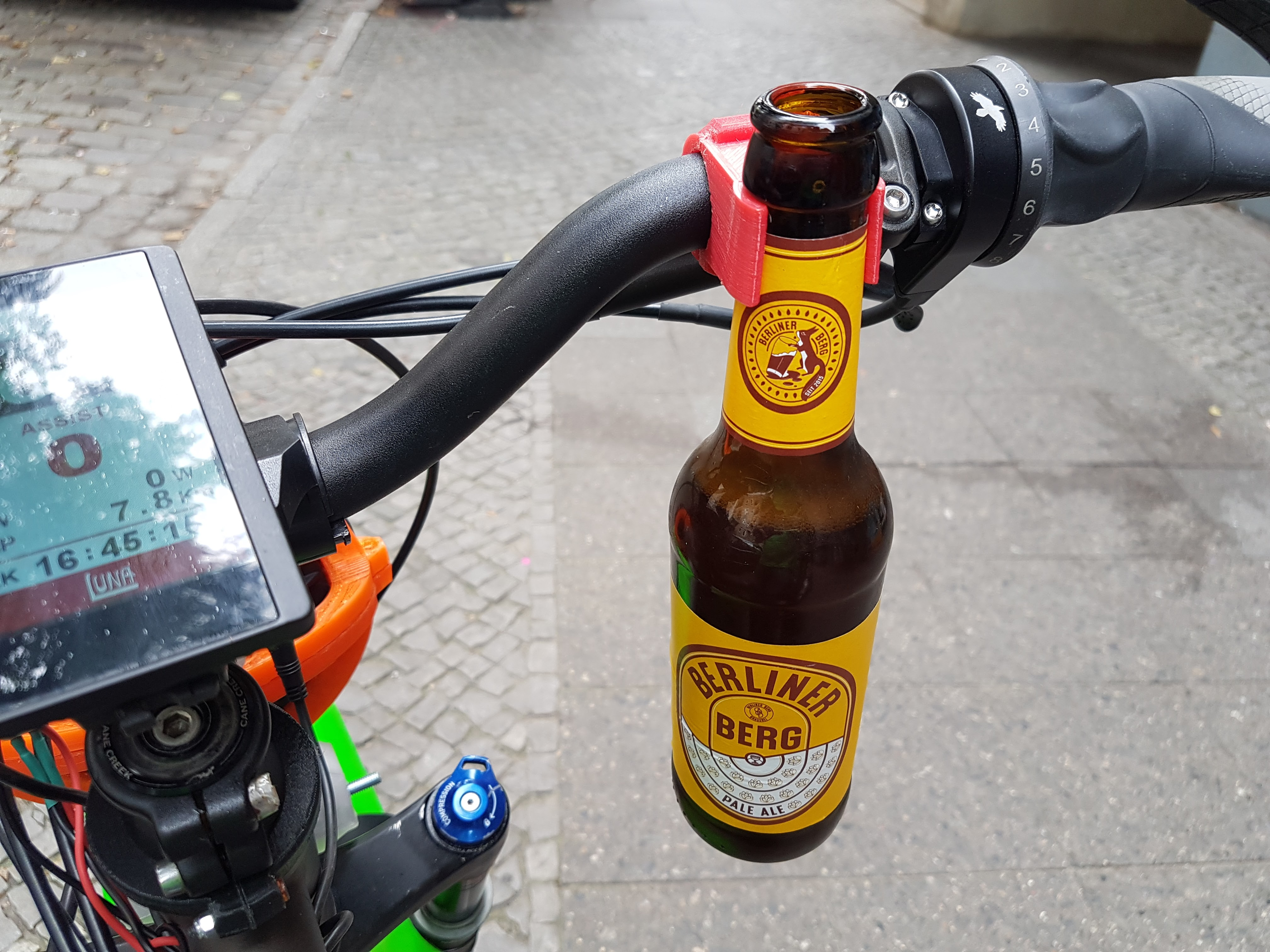 Bike Bottle Holder by ChPech - Thingiverse a880c765a