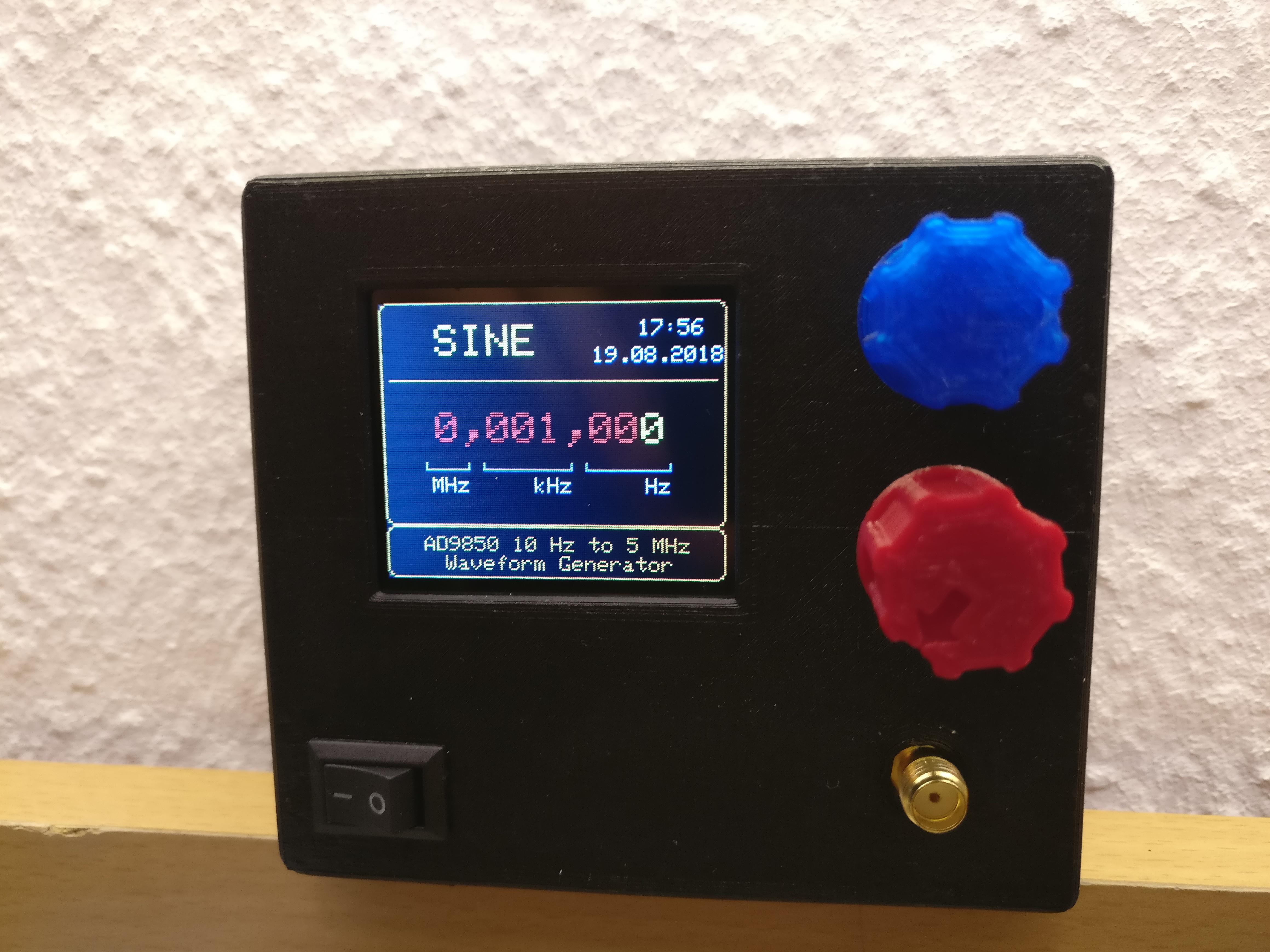 Graphical Waveform / Signal Generator Case w/ Arduino Pro Mini