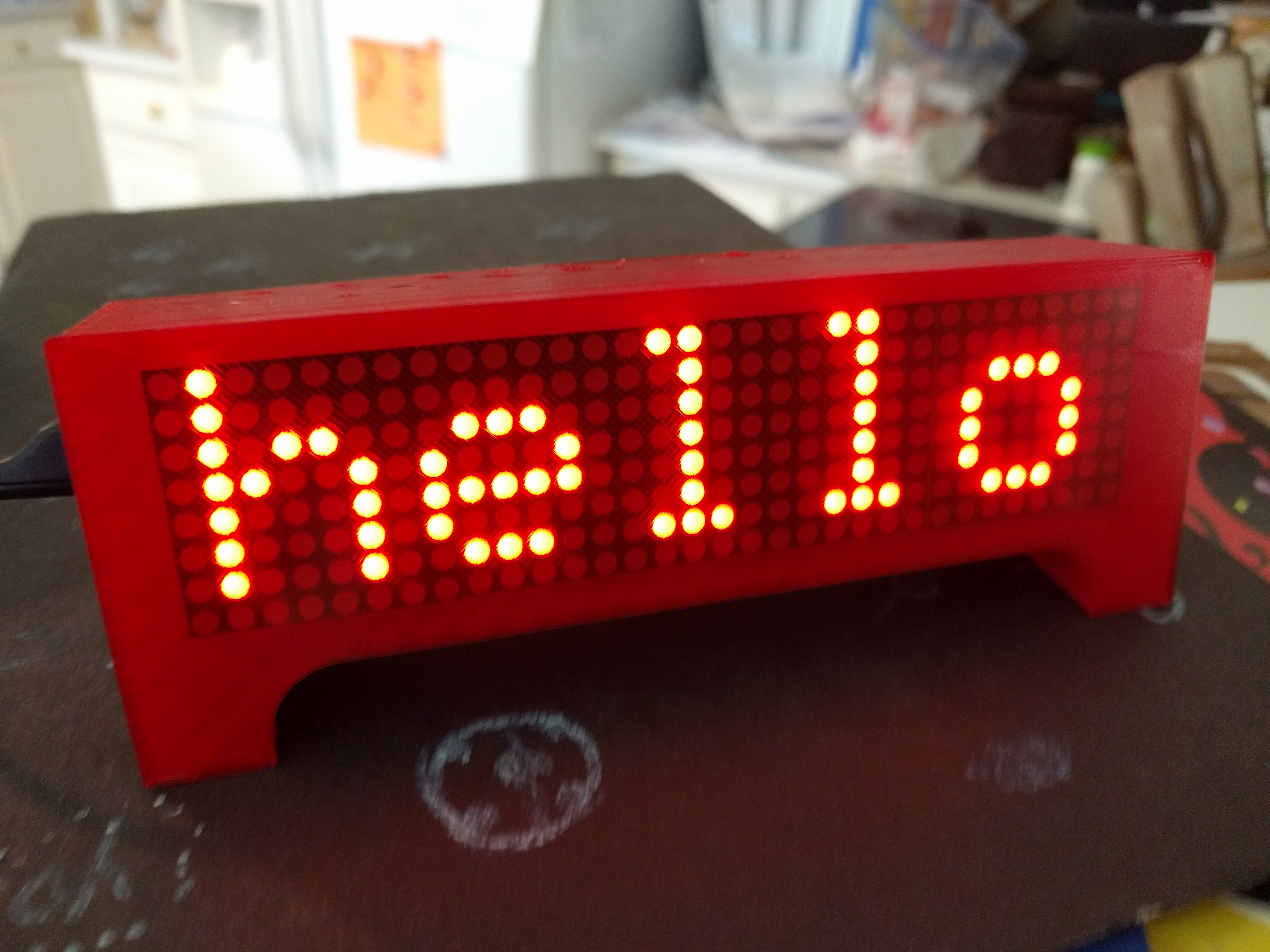 ESP8266 Wemos Clock News Weather Scrolling Marquee by Qrome