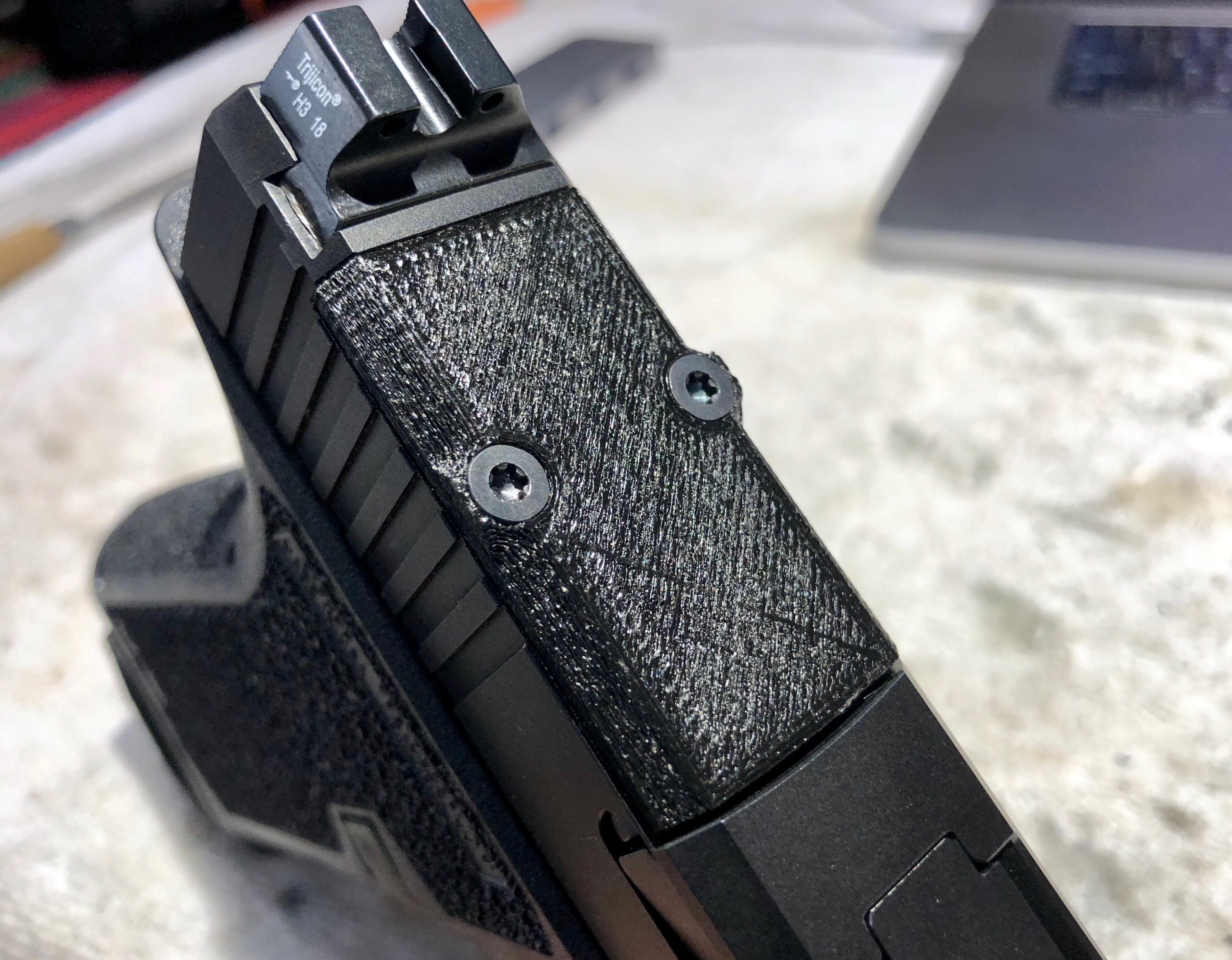 Glock RMR Slide Cover Plate by stmayo11 - Thingiverse