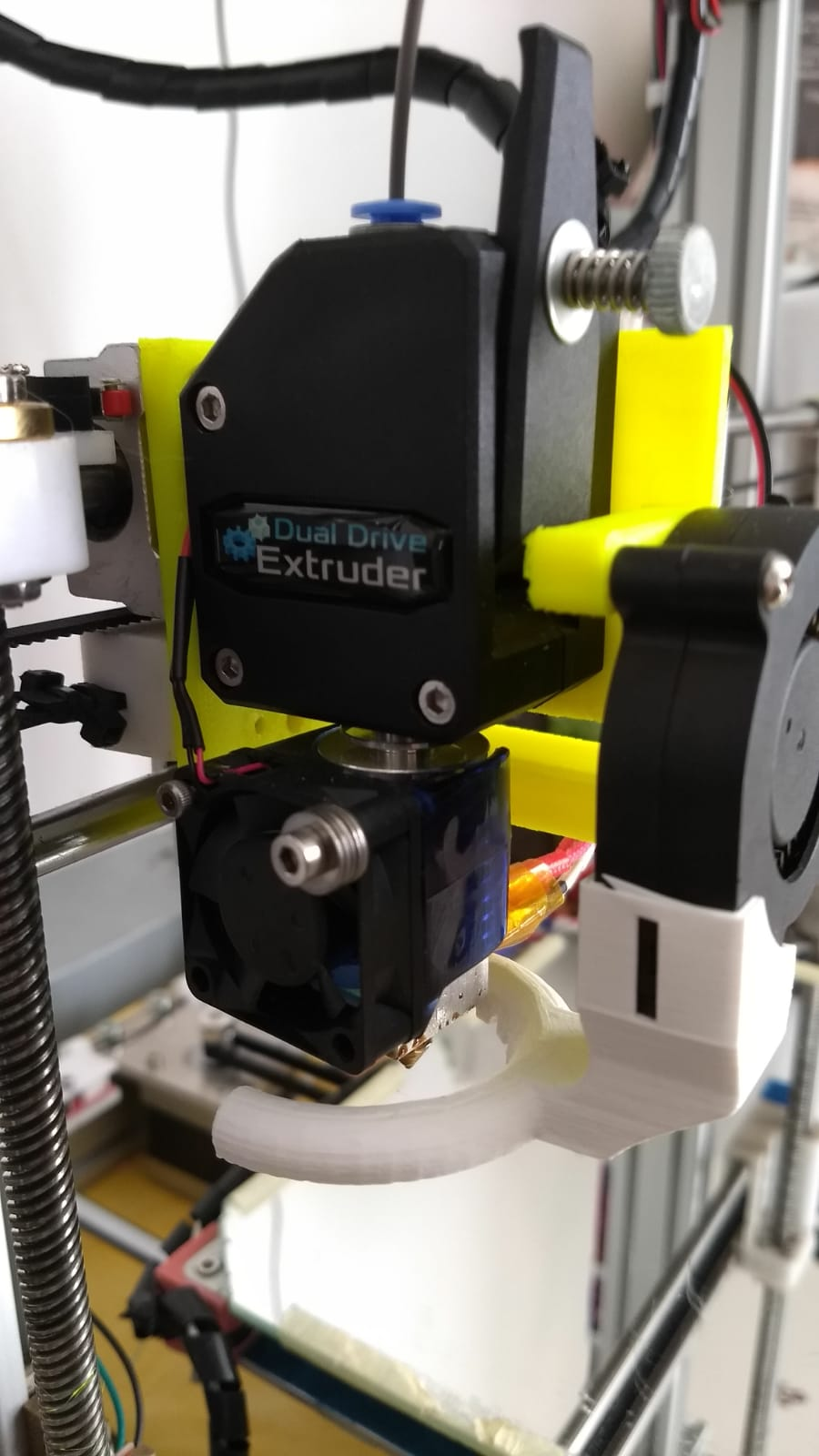 Holder for Trianglelab MK8 Bowden Extruder BMG extruder with V6