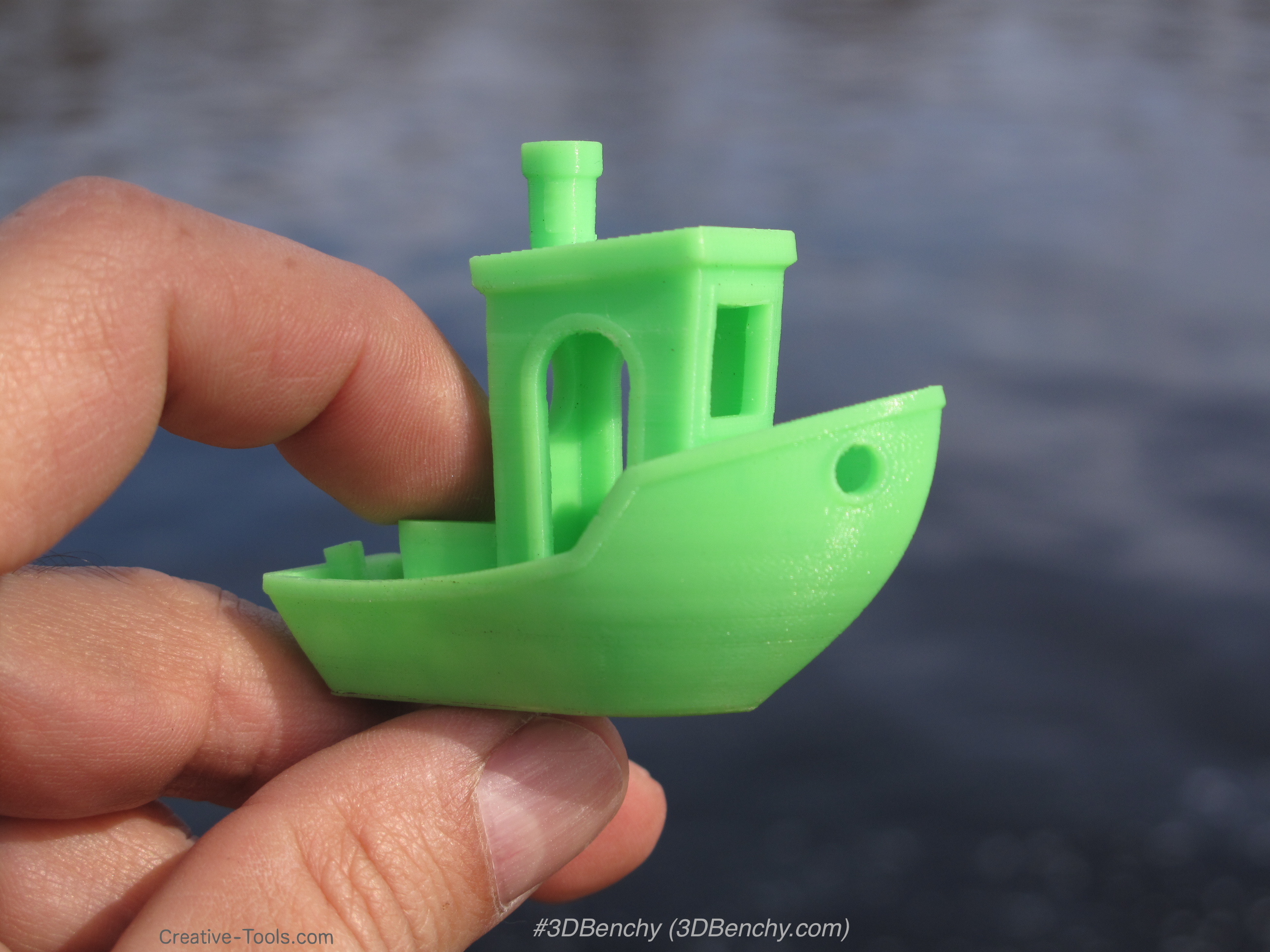 3DBenchy - The jolly 3D printing torture-test by