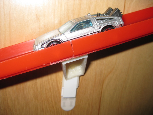 Big Toy Car Holder : Car wall track by makedave thingiverse