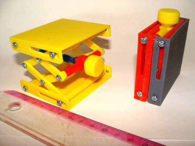 Platform Jack with bolts