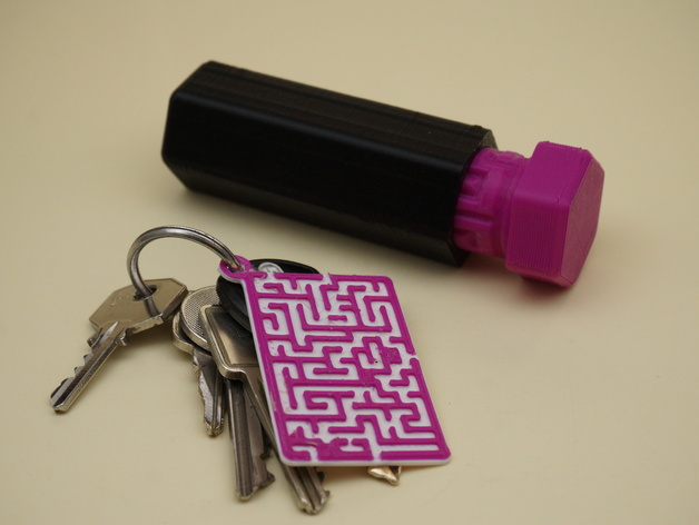 Maze/Labyrinth Gift Box Solution Key Chain