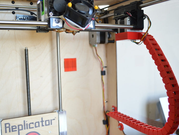 Replicator 1 X-Axis Cable Chain